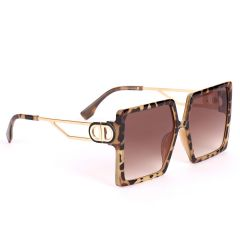 Christian Dior 30 Montaigne Elegant Square Designed Sunglasses